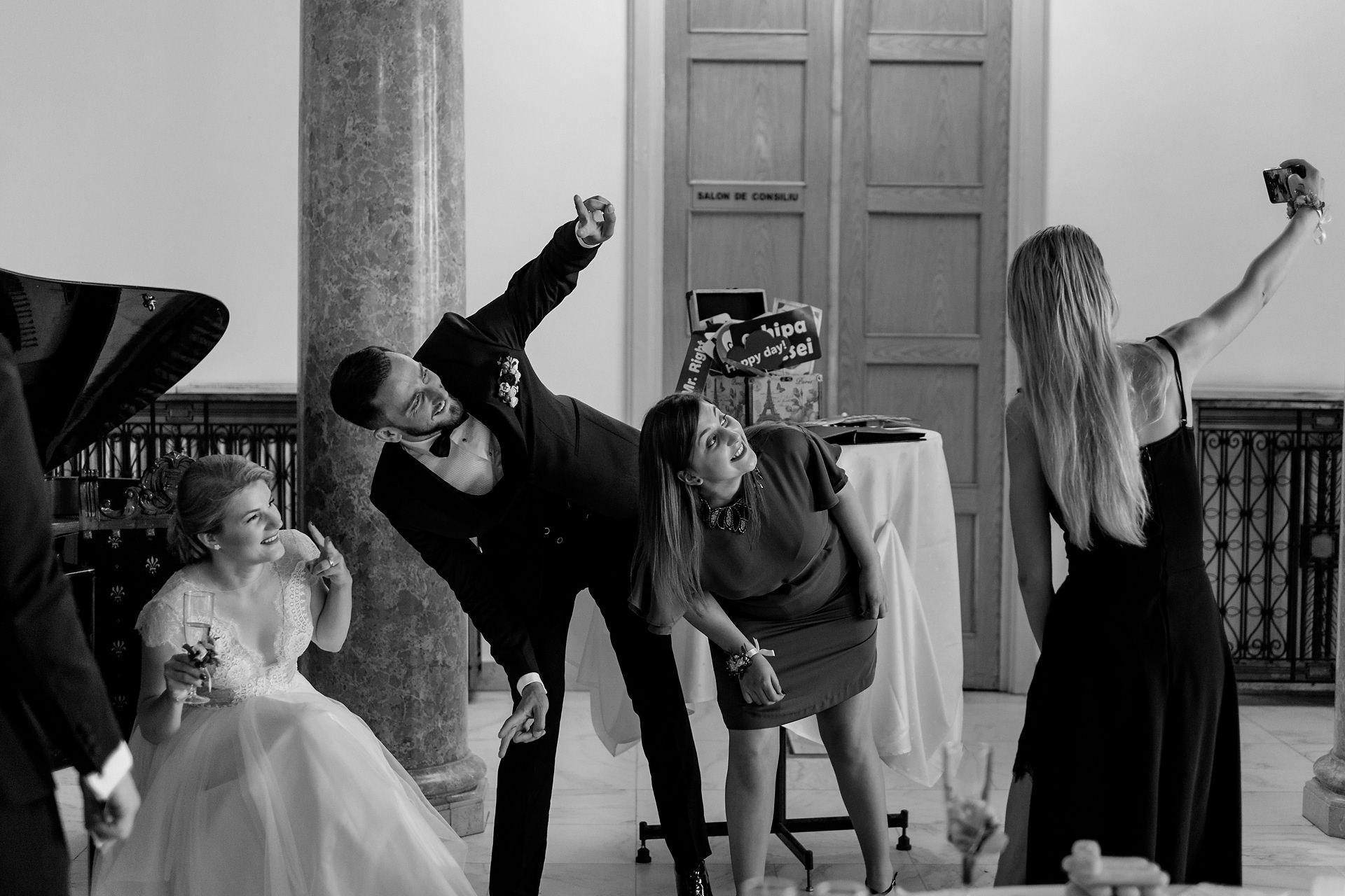 Fotograf-nunta-casa-armatei-brasov-sesivede-fotografie-0081