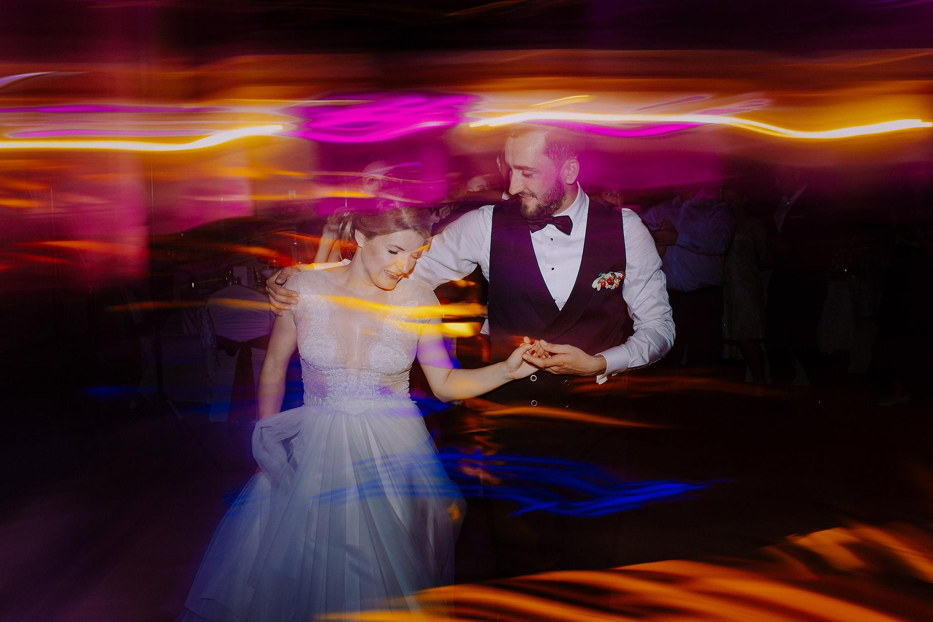 Fotograf-nunta-casa-armatei-brasov-sesivede-fotografie-0159
